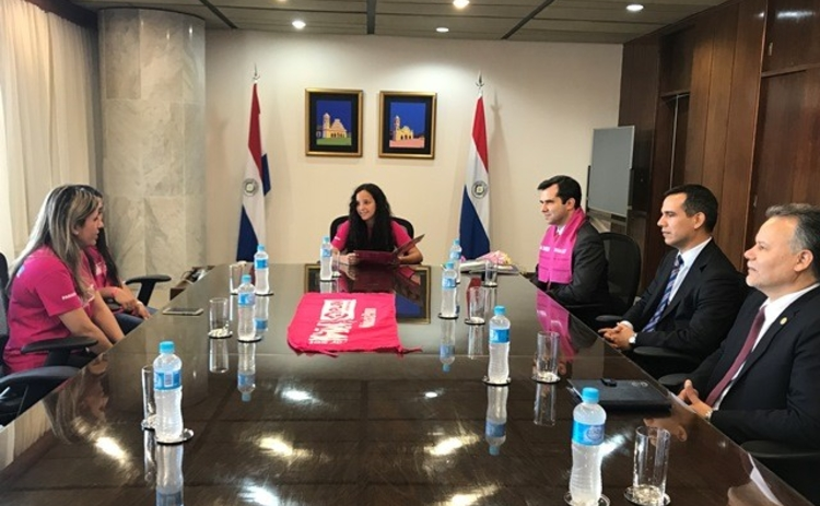 Alejandra Belén meets with cb board