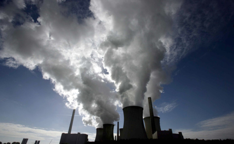 pollution-power-plant-smoke-cloud-silhouette