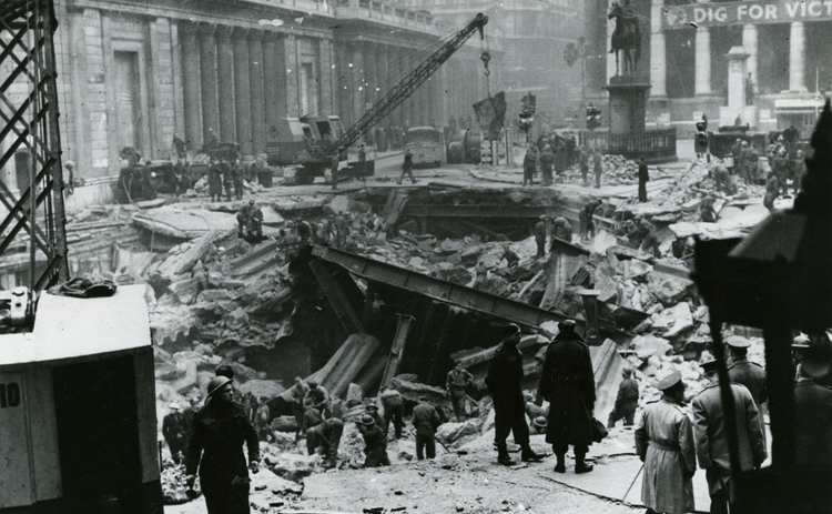 bank-of-england-bomb-damage