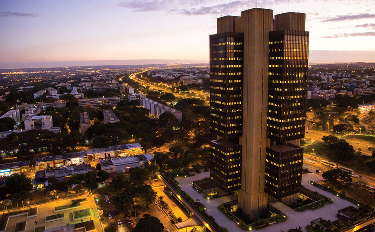 bank-of-brazil-dawn-dusk
